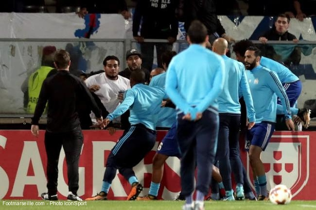 Altercation entre des supporters de l'OM et Patrice Evra
