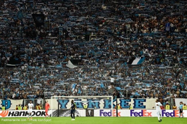 OM Vélodrome supporters